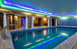 Free Swimming Pool In Residential House Or Hotel Stock Photo - 122533700