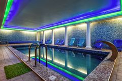Free Swimming Pool In Residential House Or Hotel Royalty Free Stock Image - 122533706