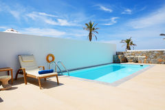 Swimming pool at luxury villa Royalty Free Stock Photography