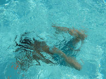 Swimming under water Royalty Free Stock Images