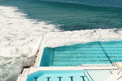Swimmingpool in Bondi-Strand Stockfotos