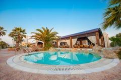 Swimmingpool des Luxushotels Stockbild