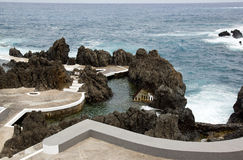 Swimmingpool des Meerwassers, Madeira Lizenzfreies Stockfoto