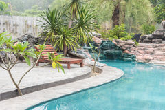Swimmingpool eines Luxus stockfoto