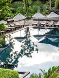 Swimmingpool im Erholungsort und im Badekurort Lizenzfreie Stockbilder