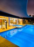 Swimmingpool und Badekurort Stockfoto
