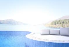 Swimmingpool und Terrasse des Unschärfe-Natur-Hintergrundes Stockbilder