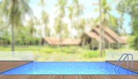 Swimmingpool und Terrasse des Unschärfe-Äußer-Hintergrundes Stockfotos