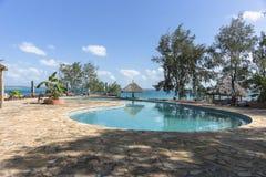 Swimmingpool Urlaubshotel auf Gefängnis-Insel Stockbild