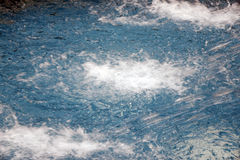 Swimmingpool-Wasserbeschaffenheit Lizenzfreie Stockfotografie