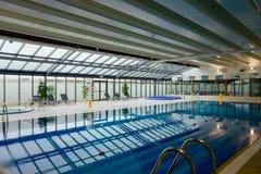 Swimmingpoolinnenraum Lizenzfreies Stockbild