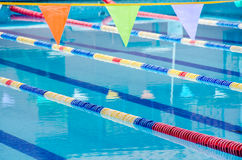 Swimmingpoolwege stockfotografie