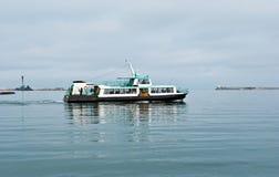 swims корабля залива Стоковые Изображения