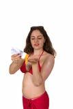 swimsuit солнца предохранения от девушки используя Стоковые Фото