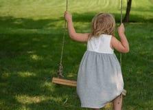 swinging Royalty-vrije Stock Afbeeldingen