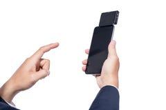 Swiping kredyt, kartę debetową Z czytnikiem kart płatniczy zakupy/ Zdjęcia Stock