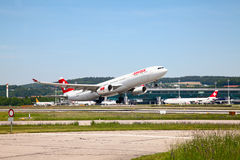 A-340 Swiss Air Royalty Free Stock Photography