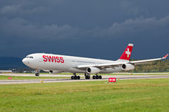 A-340 Swiss Air Royalty Free Stock Photos