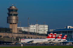 4 SWISS Airbus A320s Royalty Free Stock Image