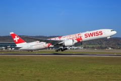 Swiss International Air Lines Boeing 777 Imagens de Stock Royalty Free