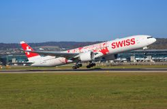 Swiss International Air Lines Boeing 777 Imagens de Stock