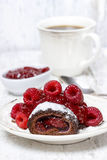 Swiss roll (roulade) with raspberries Stock Photography