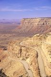 The switchback dirt road to Mule Point near Gooseneck State Park in Utah Stock Photography
