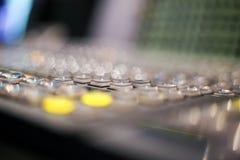 Switcher zapina w pracownianej staci telewizyjnej, audio i wideo, Productio zdjęcie royalty free