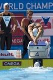 SWM :世界水上冠军-精神4 x 100m混杂的人群 库存照片