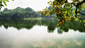 Sword See im Herbst, Hoan Kiem, ha Noi-, Vietnam Stockbilder