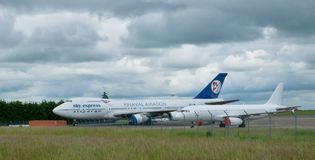 SX-FIN -波音747-200CF天空明确空运货物 免版税库存图片
