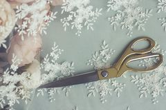Sy sax för tillbehörvisartråd som klipper att sy royaltyfri foto