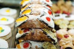 Sycylijskiego cannoli włoski słodki deser Obrazy Stock