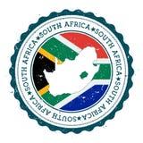 Sydafrika översikt och flagga i den rubber stämpeln för tappning Royaltyfri Bild