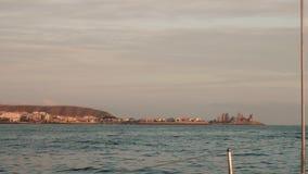 Sydkust av Gran Canaria Sikt från fartygsegling i havet lager videofilmer