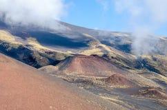 Sydlig flank av Mount Etna royaltyfri bild