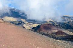 Sydlig flank av Mount Etna royaltyfria bilder