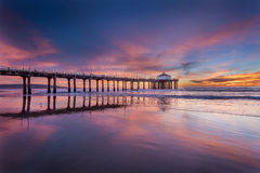 Sydlig Kalifornien pir på solnedgången Arkivfoto