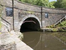 Sydlig portal av den Foulridge tunnelen royaltyfria bilder