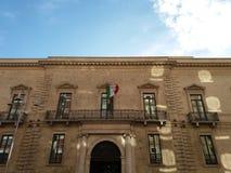 _ Sydliga Italien 11-12-2017: Historisk byggnad av Bancapugliaen Royaltyfria Foton