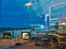 Sydney Airport Tarmac View From-Terminal, Schemer, Australi? stock afbeelding