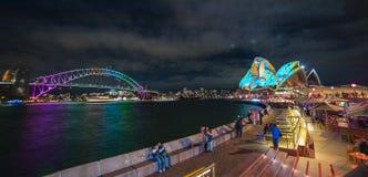 SYDNEY, AUSTRÁLIA - 6 de junho de 2017 As velas de Sydney Opera House Imagens de Stock Royalty Free