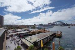 SYDNEY, AUSTRÁLIA - 22 DE MARÇO DE 2015: Vista lateral de Sydney Fotografia de Stock