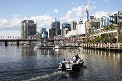 SYDNEY, AUSTRÁLIA - Sept 16, 2015 - opinião Darling Harbour na tarde Imagem de Stock