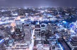 """Sydney, Australië †""""op 10 Oktober, 2017 †""""de stadsmening van Sydney bij nacht van de toren van Sydney royalty-vrije stock foto"""