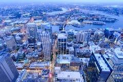 """Sydney, Australië †""""op 10 Oktober, 2017 †""""de stadsmening van Sydney bij nacht van de toren van Sydney royalty-vrije stock afbeeldingen"""