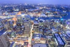 """Sydney, Australia †del †""""il 10 ottobre 2017 """"la vista della città di Sydney alla notte dalla torre di Sydney Immagini Stock Libere da Diritti"""