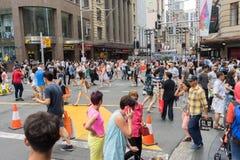 Sydney, Australia - 26 de diciembre de 2015: Muchedumbre de gente en el fa Fotos de archivo
