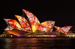 SYDNEY AUSTRALIA, MAJ, - 27,2016: Sydney opera żegluje l Obrazy Royalty Free