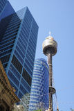 SYDNEY, AUSTRALIA widok Sydney wierza wysoka struktura w mieście - Sept 15, 2015 - Obraz Stock